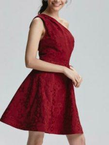 Zalim istanbul Cemre kırmızı elbise markası