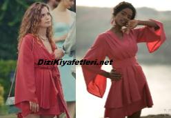 Aslı Bekiroğlu kırmızı elbise