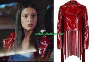 Yasak Elma Zehra kırmızı ceket