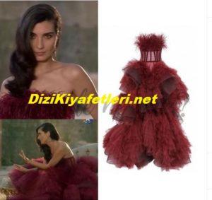 Tuba Büyüküstun elbisesi