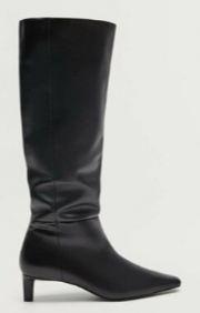 Hande Erçel siyah çizme