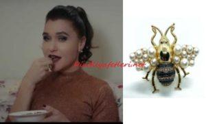 Şevval Sam arı model yüzüğü